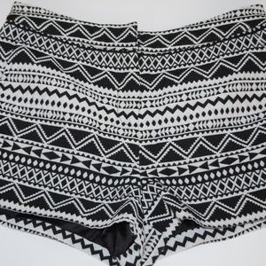 Forever 21 Tribal Print Diamond SHORTS Dressy